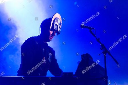 SBTRKT performing live