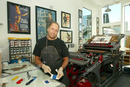 RAY MAZZ WITH THE 1870'S MARIONI VOIRIN LITHOGRAPHY PRESS.
