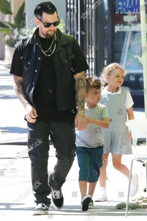 Joel Madden with children Sparrow Madden and Harlow Madden