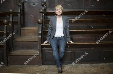 Sarah Waters in the Divinty School at the Bodleian Library