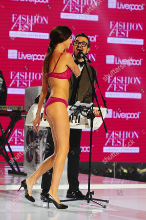 Editorial image of Alex Syntek in concert the Liverpool Fashion Fest Autumn / Winter 2014 l at the Americas Hippodrome, Mexico - 04 Sep 2014