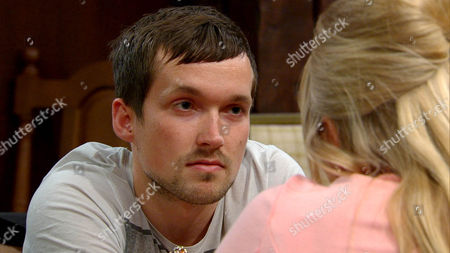 Sam offers Tracy [AMY WALSH] cash so she doesn't have to work but Tracy keeps him at arms length. She's not happy when Robbie Lawson [JAMIE SHELTON] points out she's using Sam but she threatens to tell Sam he made a move on her if he doesn't back off.