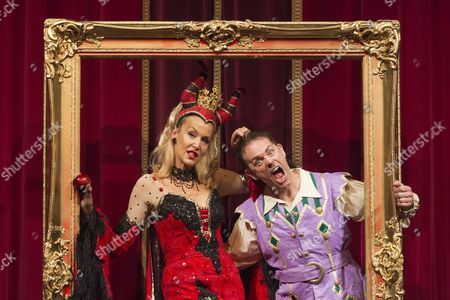 Jerry Hall as the Wicked Queen with CBeebies presenter Chris Jarvis as Muddles.
