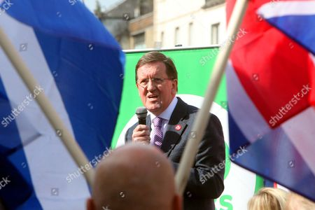 Lord Robertson of Port Ellen pictured in Musselburgh High Street this afternoon.