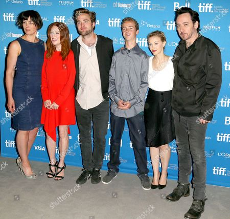 Olivia Williams, Julianne Moore, Robert Pattinson, Evan Bird, Sarah Gadon and John Cusack