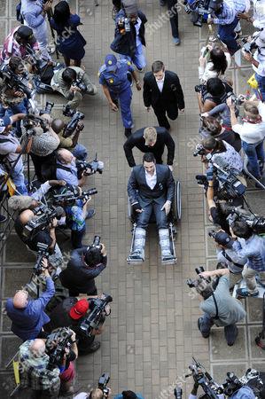 Oscar's brother, Carl Pistorius arrives