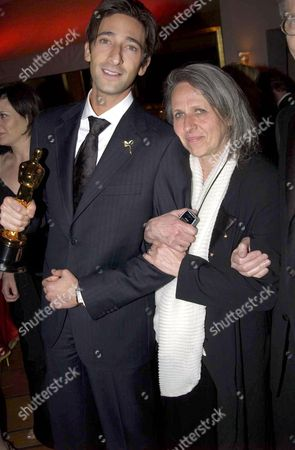 ADRIEN BRODY AND HIS MOTHER SYLVIA PLACHY