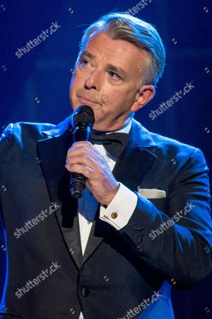 Editorial photo of 'The Alan Titchmarsh Show' TV Programme, London, Britain. - 12 Sep 2014