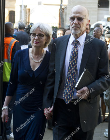 Lois and Arnold Pistorius arrive