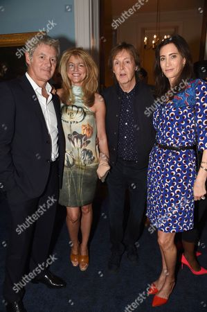 Sir Paul McCartney and Nancy Shevell with Frances Avery Agnelli and John Freida