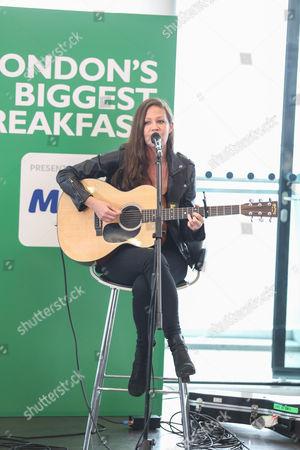 Allison Pierce performing