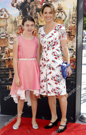 Stock Photo of Amy Brenneman with her daughter Charlotte Tucker Silberling Amy Brenneman and daughter Charlotte