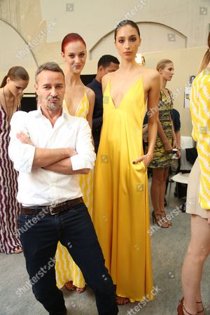 Marcel Marongiu and models backstage