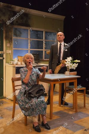 'Ghosts from a Perfect Place' - Sheila Reid as Torchie Sparks and Michael Feast as Travis Flood