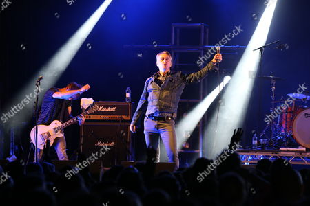 The Undertones - Damian O'Neill (left) & Paul McLoone (centre)