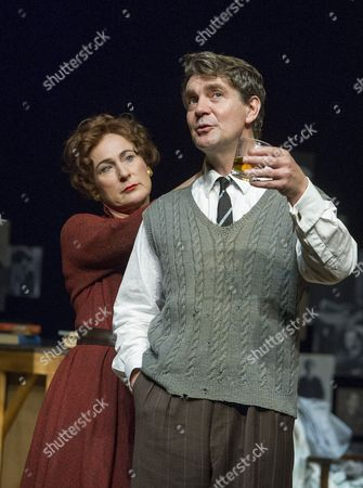 An Englishman Abroad  Helen Schlesinger as Coral Brown, Alexander Hanson as Guy Burgess