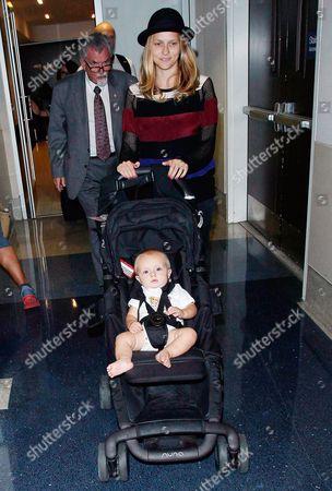 Stock Picture of Teresa Palmer and son Bodhi Rain Palmer