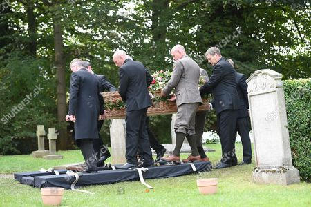 Stock Picture of Wicker coffin of The Deborah Cavendish Duchess of Devonshire