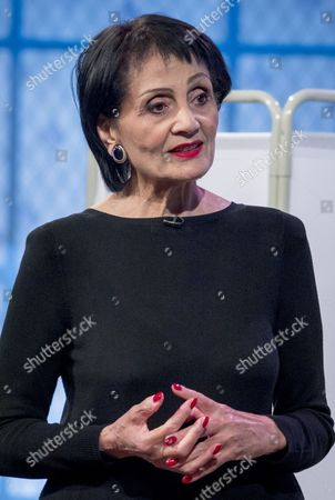 Editorial photo of 'The Alan Titchmarsh Show' TV Programme, London, Britain. - 02 Oct 2014