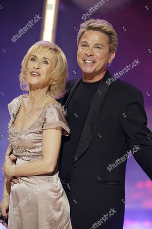 Editorial picture of FINAL OF 'REBORN IN THE USA' TV PROGRAMME - 26 APR 2003