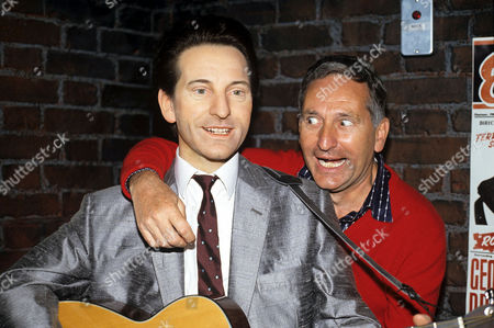 Lonnie Donegan and his waxwork