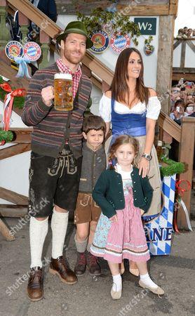 Xabi Alonso his wife Nagore Aranburu, son Jontxu and daughter Ane