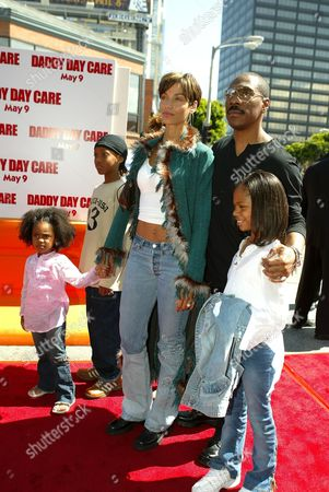 ( L - R ) Zola Ivy, Miles, wife Nicole Mitchell, Eddie Murphy, and Daughters Bria, and Shayne