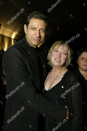 Jeff Goldblum and Veronica Cartwright