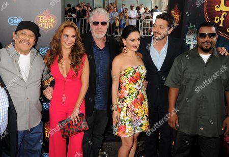 Kate Del Castillo, Danny Trejo, Ron Perlman, Ana de la Reguera, Diego Luna and Ice Cube