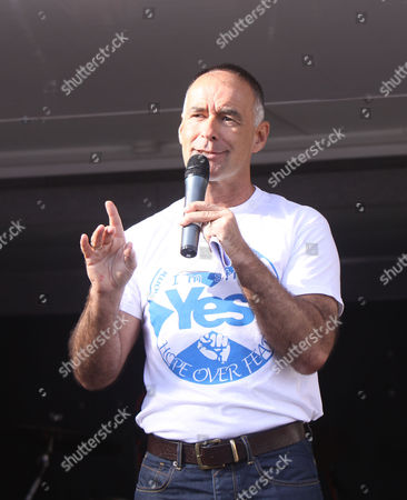 Tommy Sheridan on Stage