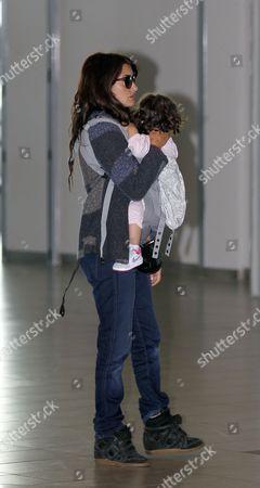 Stock Picture of Penelope Cruz and daughter Luna Encinas Cruz