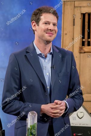 Editorial photo of 'The Alan Titchmarsh Show' TV Programme, London, Britain. - 17 Oct 2014