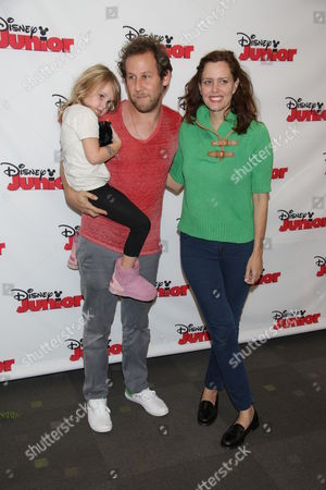 Ione Skye with Husband Ben Lee and Daughter Kate