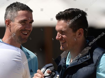Kevin Pietersen and Graeme Smith