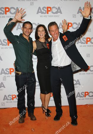 Stock Photo of Tyler Posey, Susan Walters, Linden Ashby