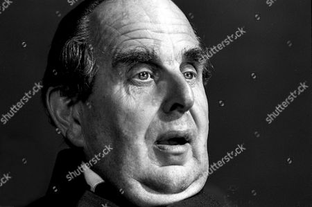 Stock Image of ROBERT MORLEY DURING THE FILMING OF 'SINFUL DAVY' - 19699