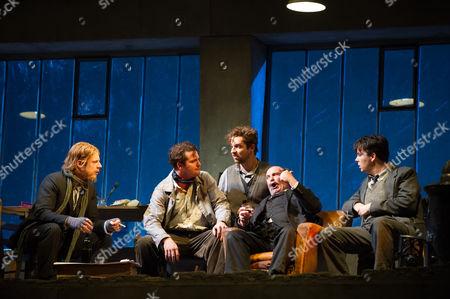 Barnaby Rea (Colline), George von Bergen (Marcello), George Humphreys (Schaunard), Andrew Shore (Benoit), David Butt Philip (Rodolfo)