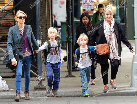 Naomi Watts with mother Myfanwy Edwards and children Alexander Schreiber and Samuel Kai Schreiber