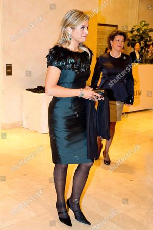Queen Maxima attends a Lavinia Meijer concert at The Raum Art Center