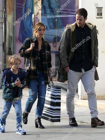 Stock Photo of Louise Redknapp, Jamie Redknapp and son Beau Redknapp shopping in Notting Hill