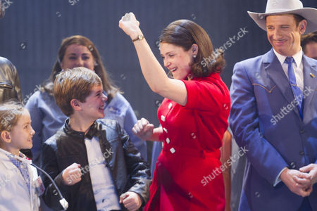 Annie Guy (Sharon O'Grady), Tommy Rodger (Graham O'Grady), Gemma Arterton (Rita O'Grady) and Steve Furst (Mr Tooley)