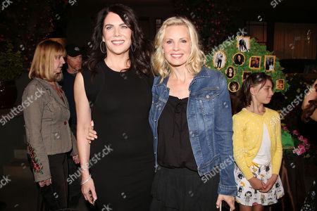 Lauren Graham and Monica Potter (R)