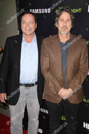 Bobby Farrelly and Peter Farrelly (R)