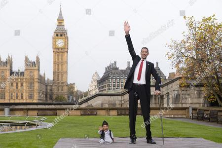 The world's tallest man Sultan Kosen meets the world's shortest man Chandra Bahadur Dangi
