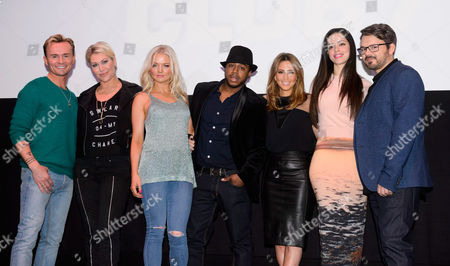 S Club 7 - Jon Lee, Jo O'Meara, Hannah Spearritt, Bradley McIntosh, Rachel Stevens, Tina Barrett and Paul Cattermole