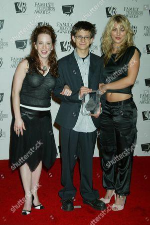 Amy Davidson, Martin Spanjers and Kaley Cuoco
