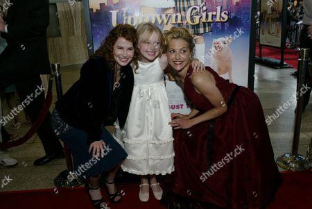 Allison Jacobs, Dakota Fanning and Brittany Murphy