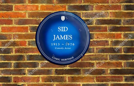 Comic Heritage Blue Plaque in memory of Sid James