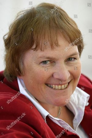 Libby Purves