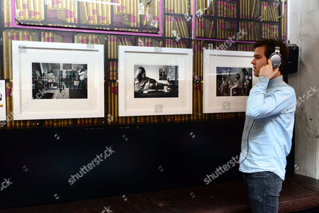 Stock Picture of The Doors, photos by Frank Lisciandro. Tom Ravenscroft